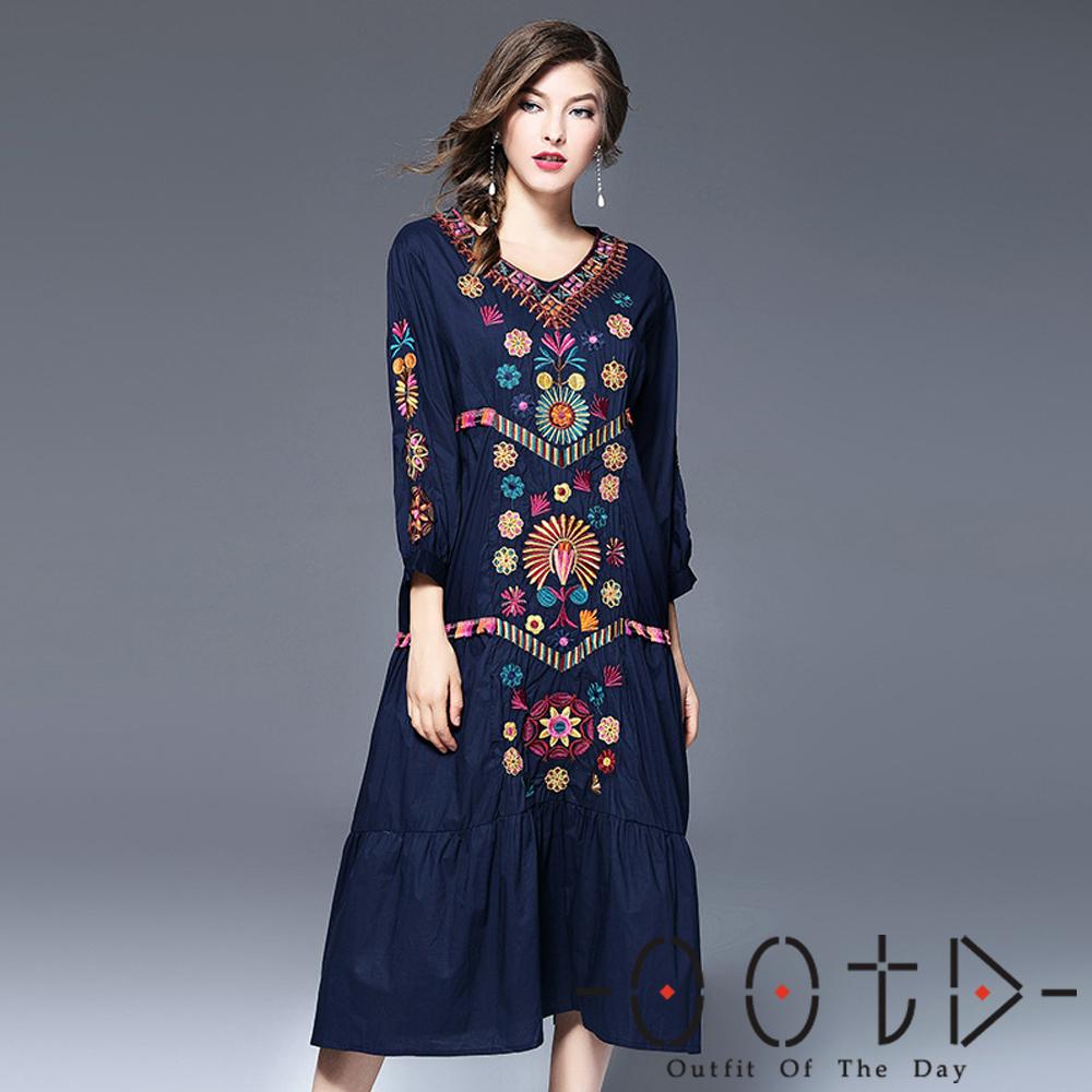 民族風V領刺繡七分袖洋裝 (藍色)-OOTD
