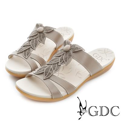 GDC-清新花朵造型裝飾真皮楔型厚底涼拖鞋-槍灰色