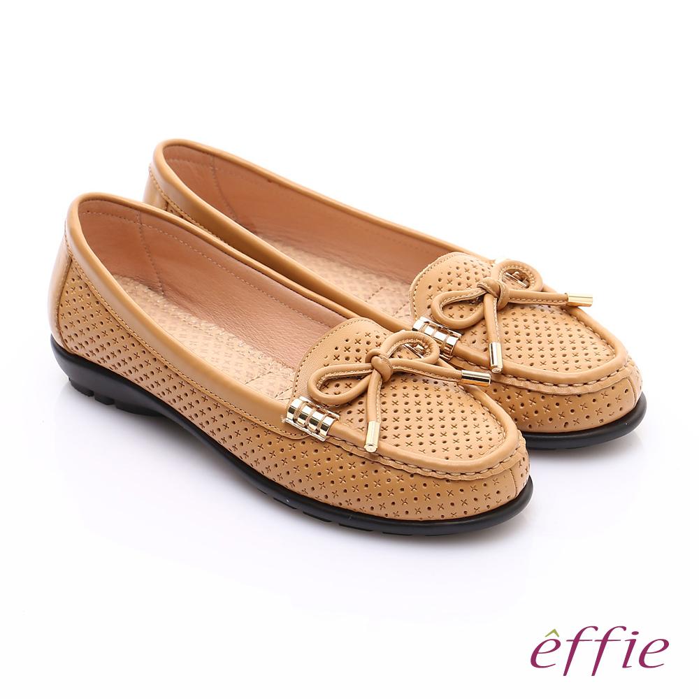 effie 舒適通勤 柔軟牛皮沖孔奈米休閒鞋 卡其 @ Y!購物