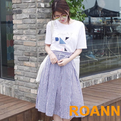 印花短袖T恤+直條紋半身裙兩件套 (白+藍色)-ROANN