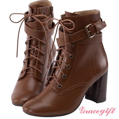 Grace gift X Wei唐葳-層次帶釦綁帶高跟短靴 焦糖