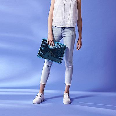 ICHE 衣哲 時尚水洗刷破刷色抽鬚超彈鉛筆造型九分牛仔褲-藍