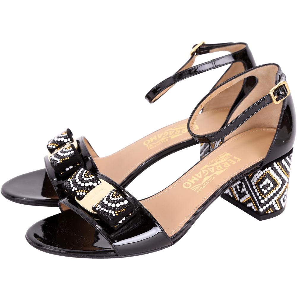 Salvatore Ferragamo Gavinamosa 黑色珠飾漆皮粗跟涼鞋