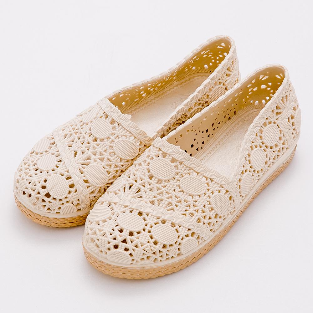 River&Moon雨鞋-仿蕾絲簍空防水晴雨兩用懶人休閒鞋-米杏