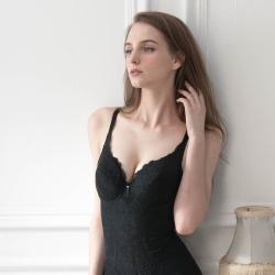 華歌爾 年度經典熱銷款 B-C罩杯 全身塑身衣(經典黑)