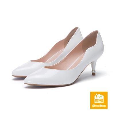 達芙妮DAPHNE-dulala系列-高跟鞋-鏡面波浪尖頭高跟鞋-白