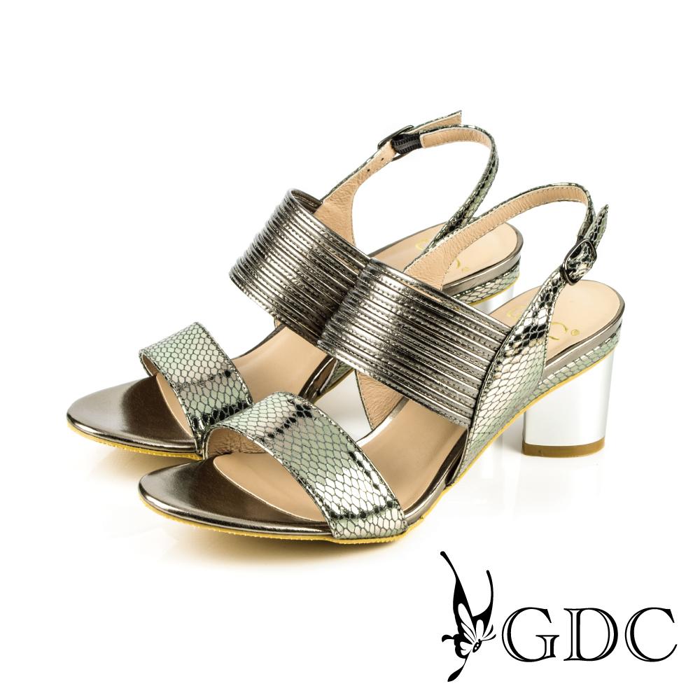 GDC-真皮蛇紋環繞風一字寬版粗跟鞋-槍灰色