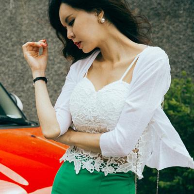 正韓 性感蕾絲可調整細肩帶背心(共二色)-Sexy JADE