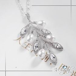 伊飾晶漾iSCrystal 鋯石葉片 搖曳碎鑽珍珠項鍊