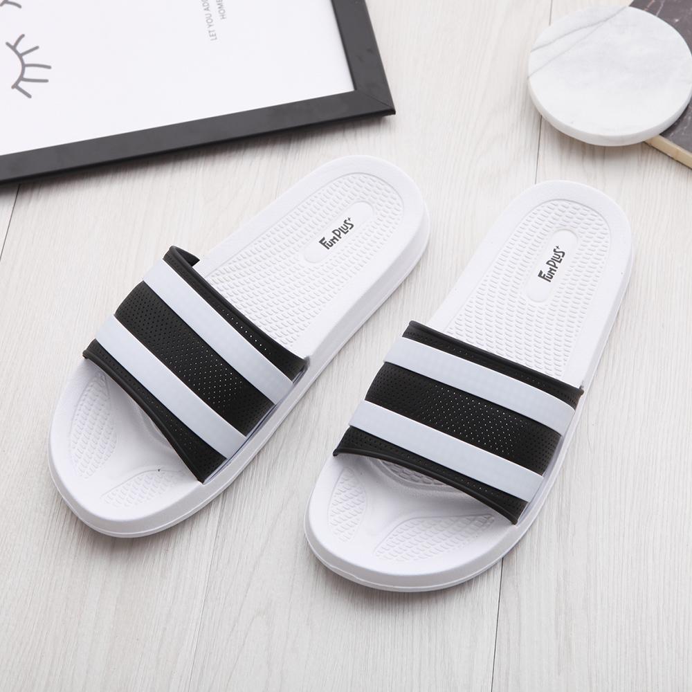 Fun Plus+ 潮流百搭●透氣線條中性拖鞋-白黑色