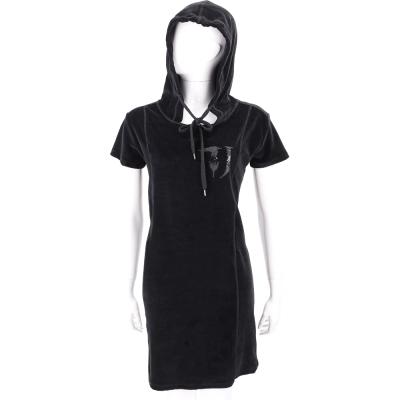 TRUSSARDI 黑色LOGO貼飾絨質連帽短袖洋裝