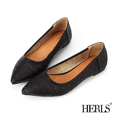 HERLS 內真皮 花窗鏤空尖頭平底鞋-黑