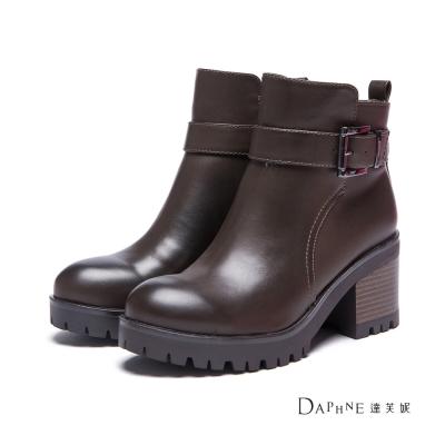 達芙妮DAPHNE-短靴-皮帶扣鋸齒厚底粗跟短靴-咖啡