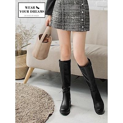 皮帶釦環造型仿皮革長靴-OB大尺碼