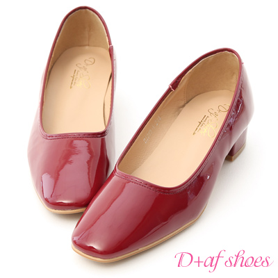 D+AF 優雅質感.素面方頭漆皮低跟鞋*紅