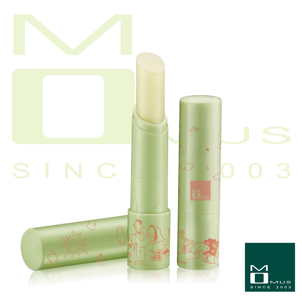 MOMUS 美白潤唇修護素+Plus - 水蜜桃 3.5g
