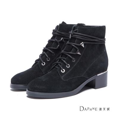 達芙妮DAPHNE-短靴-麂皮綁帶粗跟短靴-黑