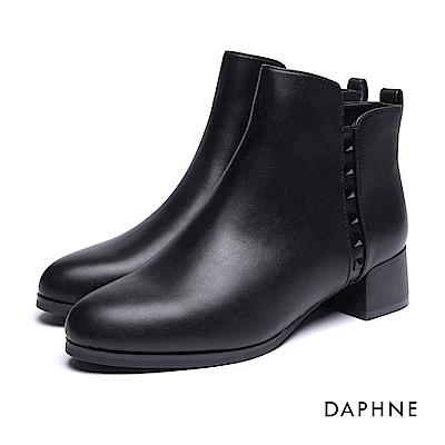 達芙妮DAPHNE 短靴-鉚釘素色粗跟踝靴-黑