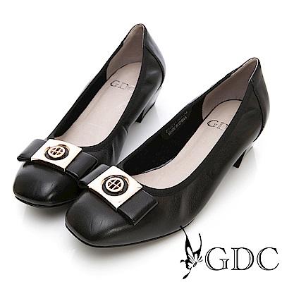 GDC-真皮質感金屬飾釦氣質粗跟鞋-黑色