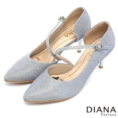 DIANA-超厚切LADY款-耀眼亮蔥水鑽繞帶跟鞋