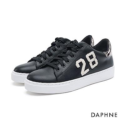 達芙妮DAPHNE 休閒鞋-珠飾字母繫帶休閒鞋-黑