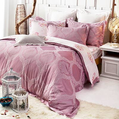 義大利La Belle 傾城紫戀 雙人天竹緹印花四件式防蹣抗菌舖棉兩用被床包組