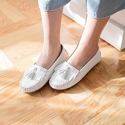 流蘇綴飾仿皮革莫卡辛豆豆鞋-OB大尺碼