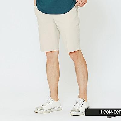 H:CONNECT 韓國品牌 男裝-簡約設計短褲-卡其