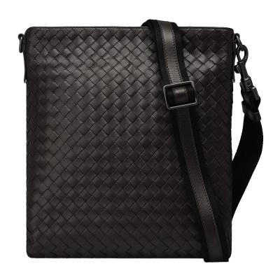 BOTTEGA VENETA 經典牛皮編織方型拉鍊斜背包(深咖啡)