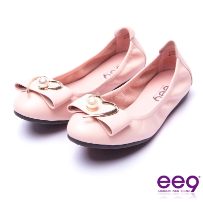 ee9 都會優雅全真皮珍珠飾扣柔軟舒適平底娃娃鞋 粉色