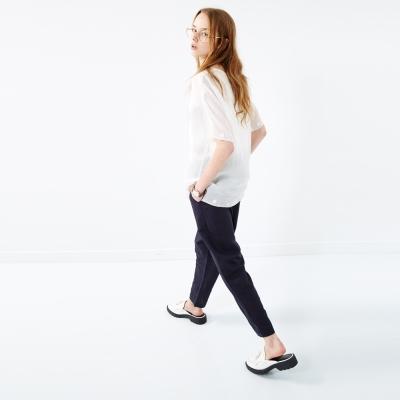 百搭簡約素面棉麻打摺造型寬裁褲 兩色