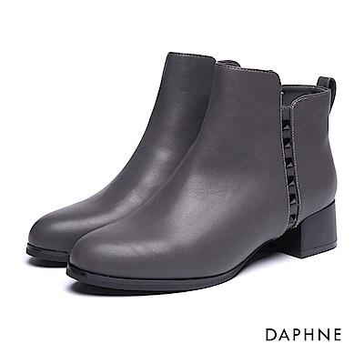 達芙妮DAPHNE 短靴-鉚釘素色粗跟踝靴-灰