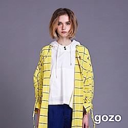 gozo 女孩刺繡胸針抽繩連帽上衣(二色)