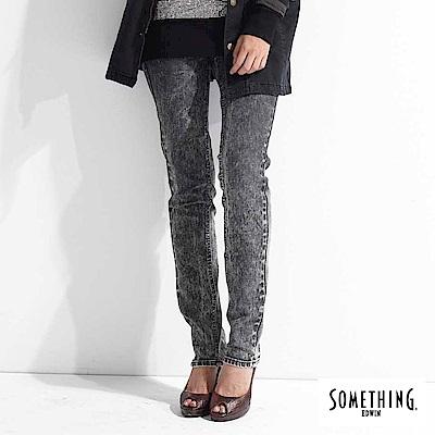 SOMETHING 窄直筒 NEO FIT低腰牛仔褲-女-灰褐