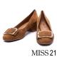 跟鞋 MISS 21 簡約復古方釦羊皮粗低鞋-咖 product thumbnail 1