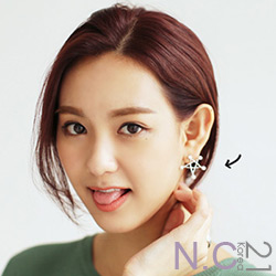 N.C21-正韓 珍珠金屬星星耳針式耳環(銀色)