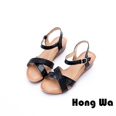 Hong Wa - 迷人性感金屬蛇紋釦帶休閒涼鞋 - 黑
