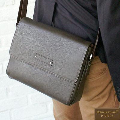 Roberta Colum - 時尚鉚釘軟牛皮帥氣型男實用斜背包-共<b>2</b>色
