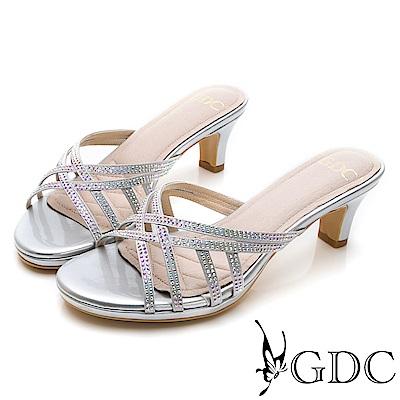 GDC-交叉水鑽貴氣亮皮低跟拖鞋-銀色