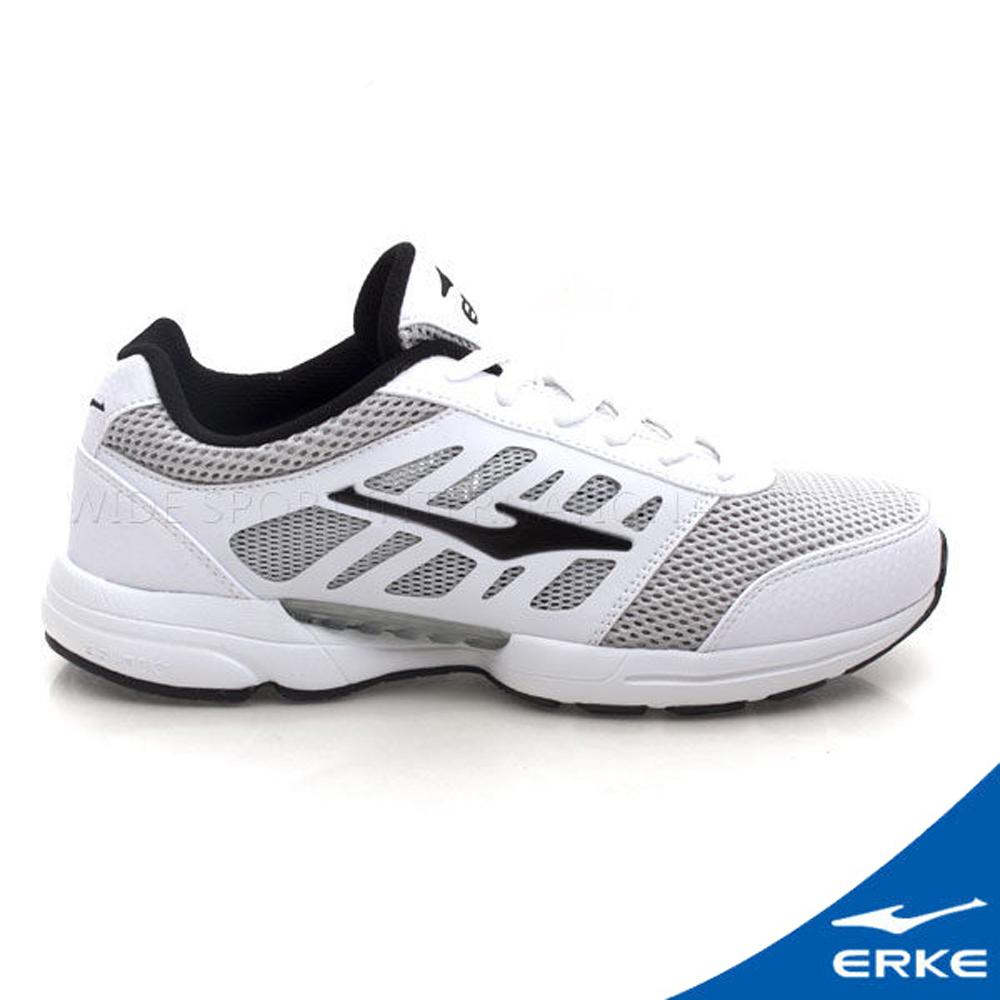 ERKE 鴻星爾克。女運動常規慢跑鞋-正白/正黑