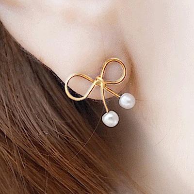 Hera 赫拉 可愛鏤空小蝴蝶結珍珠耳釘耳環-2色