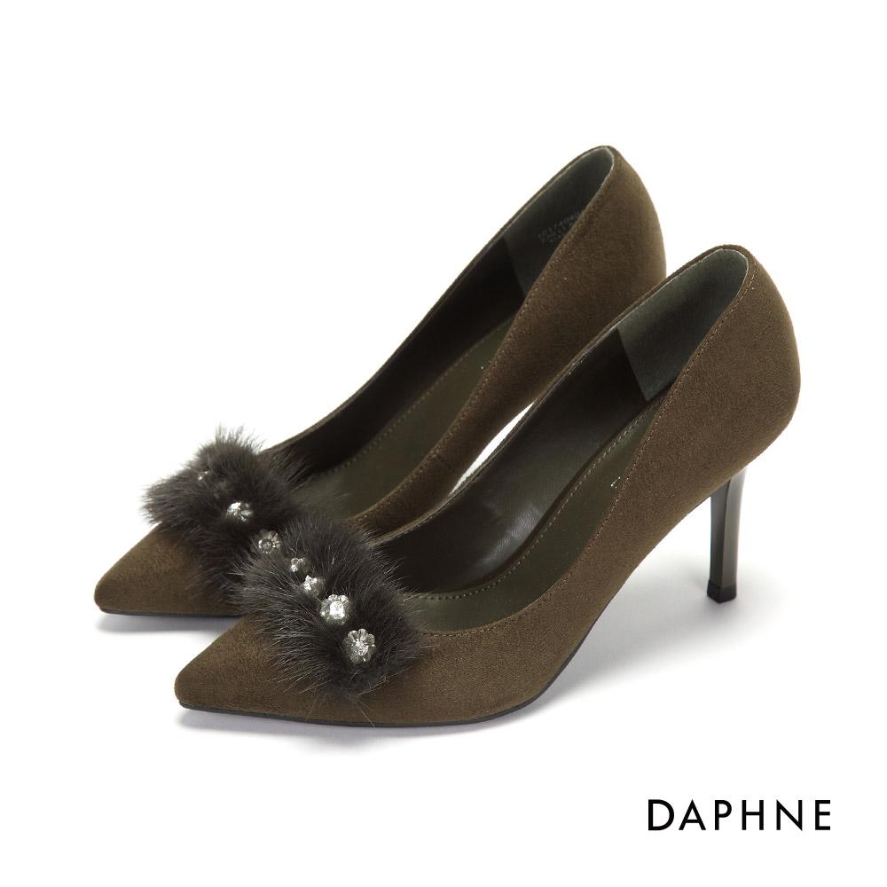 達芙妮DAPHNE 高跟鞋-纖毛花飾水鑽絨布高跟鞋-橄欖綠
