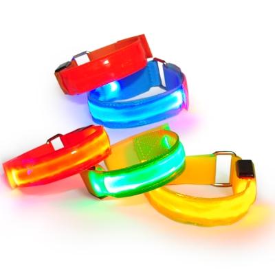 【迪伯特DIBOTE】LED發光運動安全臂套/發光夜跑帶/束帶(多色可選) -快速到貨