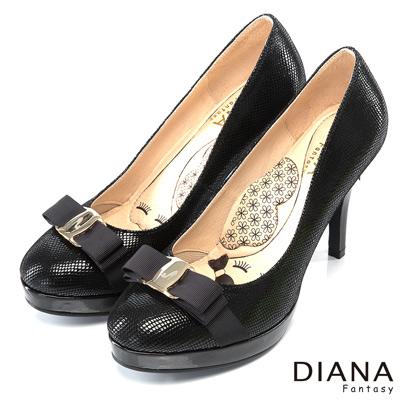 DIANA 超厚切LADY款--金屬蝴蝶結米格紋真皮跟鞋-黑