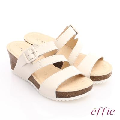 effie 嬉皮假期 真皮飾釦楔型涼拖鞋 米色