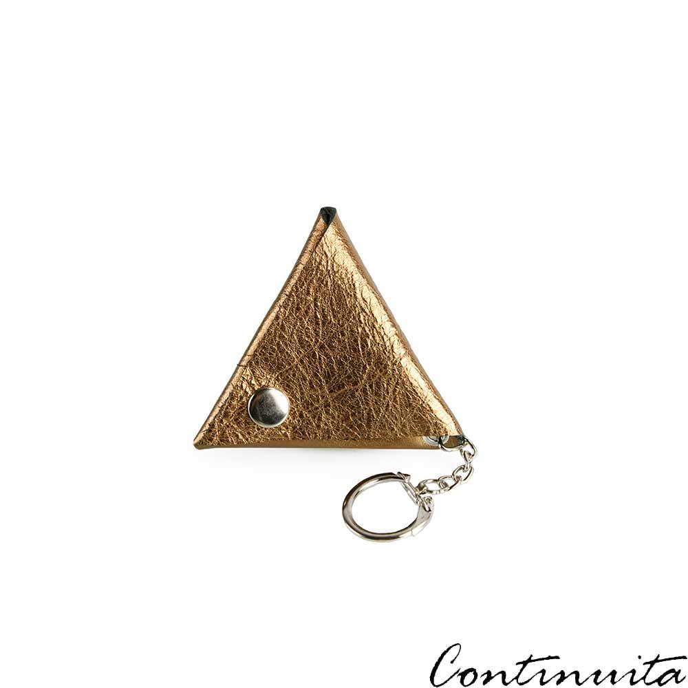 Continuita 康緹尼 頭層牛皮日本小巧LOGO三角形鑰匙包-金色