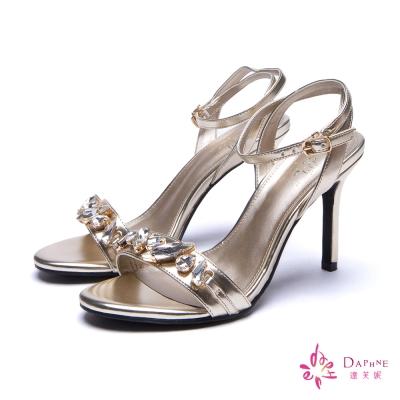 達芙妮DAPHNE 引領夜宴一字帶水鑽繞踝高跟涼鞋-華麗金