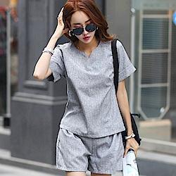 正韓 反摺短袖T恤+束腰摺痕短褲套裝 (共二色)-N.C21