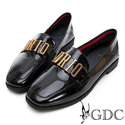 GDC-真漆皮時尚英倫風百搭平底包鞋-黑色