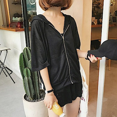 La Belleza素色連帽大口袋拉鍊外套加抽繩短褲套裝